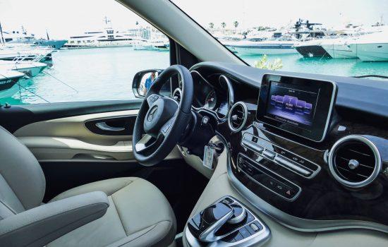 Mercedes V Class para alquilar en Ibiza